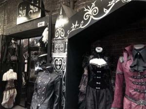 Favim.com-london-goth-london-gothic-uk-goths-cyberdog-camden-market-663388